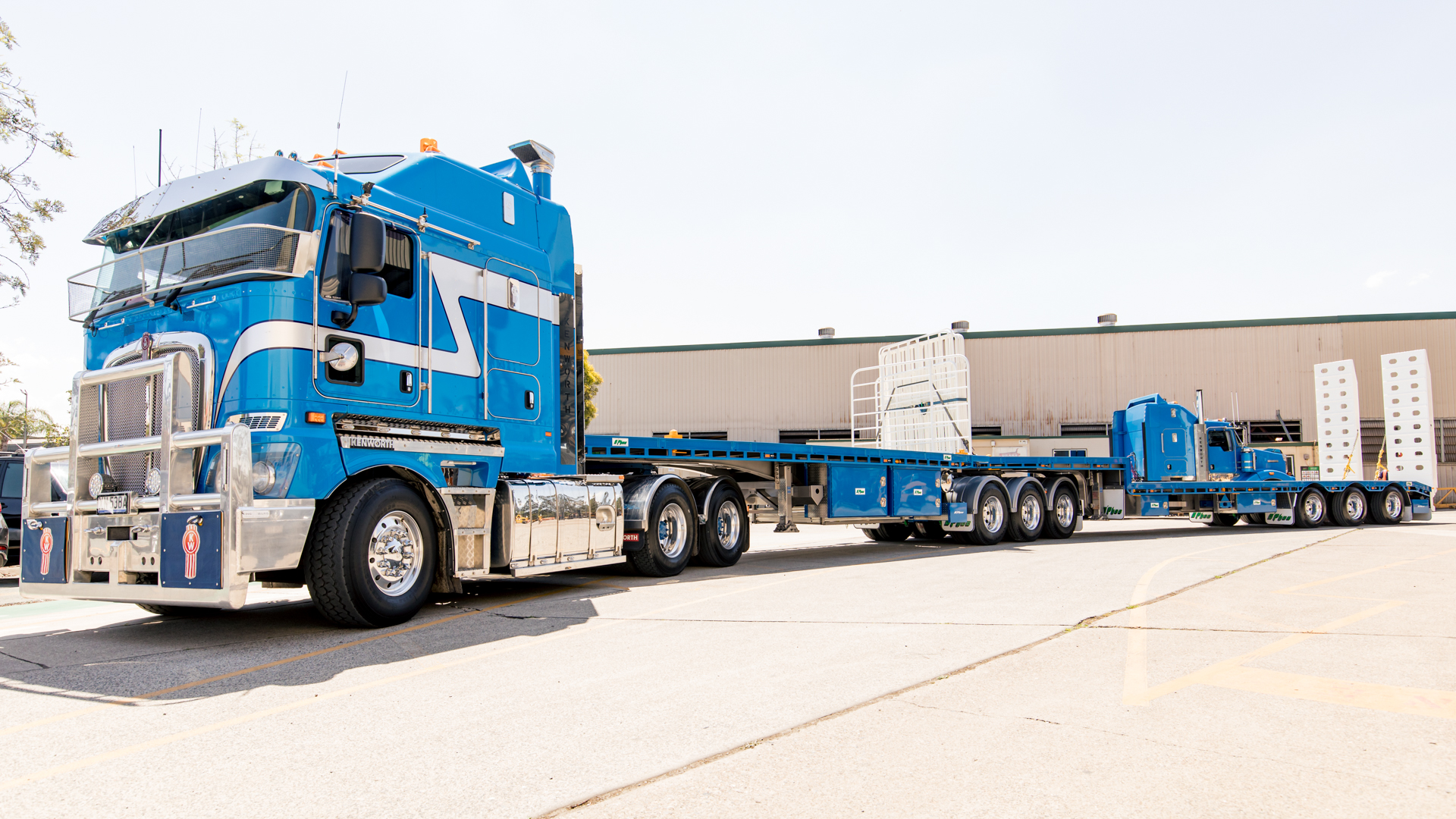 C Wills Transport new B Double by O'Phee Trailers