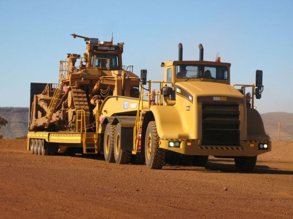 Drake Trailers develops the Mine Site Transporter