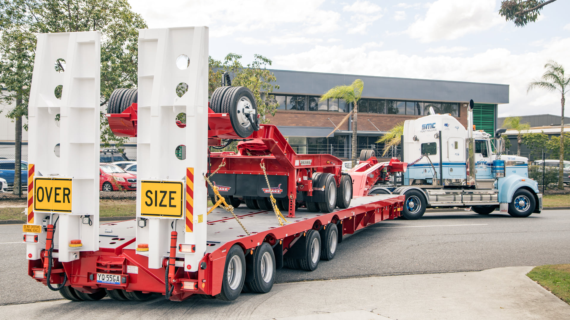 Mammoet Swingwing and Dolly trailer