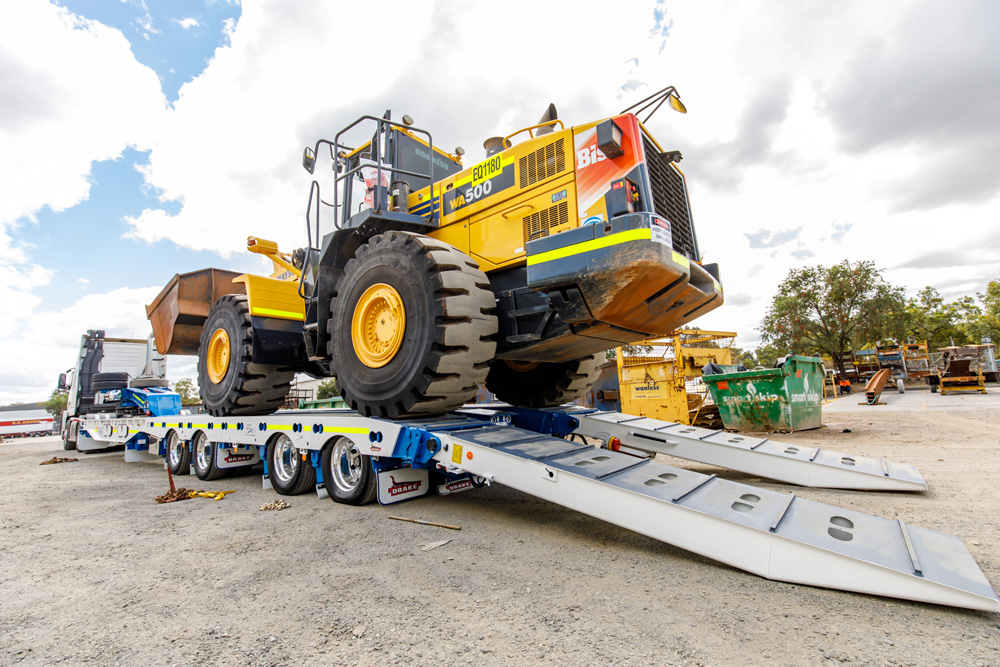 Recent deliveries LCLlowloaders 18T21158 101