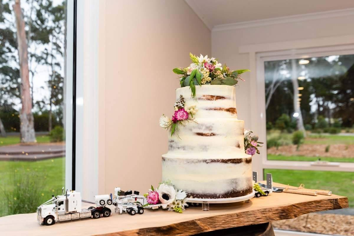 drake weddingcake2